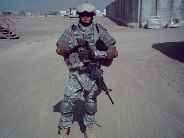 Craig Morrison in Iraq 2006.jpg